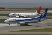 ANA pilot in trouble over JAL Facebook comments