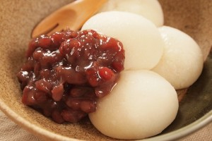 Traditional mochi with sweet red beans